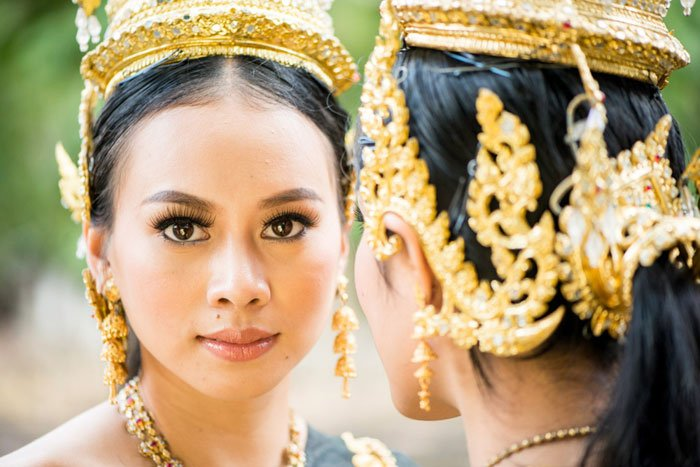 Thai women in traditional costume - 5 day photography workshop Chiang Mai Photo workshops
