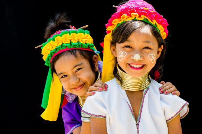 Two-Kayan-Girls-e1544606673178.jpg
